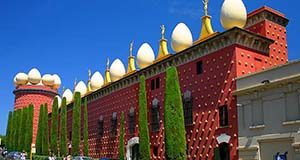 day trip from barcelona figueres