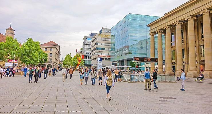 Koenigstrasse shopping area Stuttgart