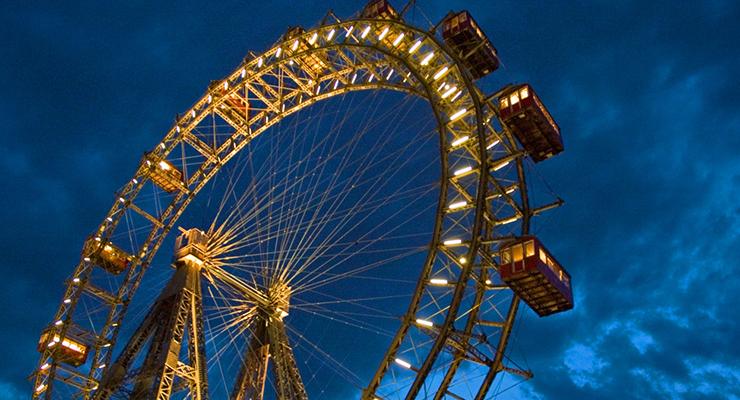 giant ferris wheel.